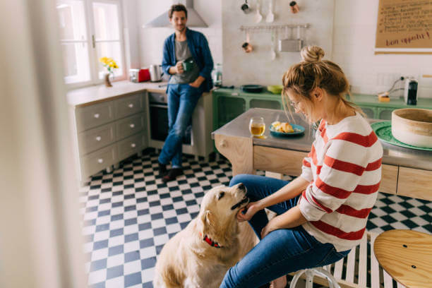 UIS Insurance & Investments - Condo Insurance - Family in kitchen